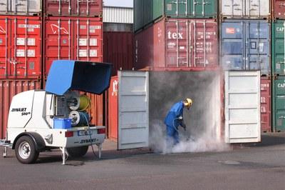 Container schnell reinigen & entrosten