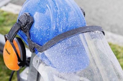 Persönliche Schutzausrüstung beim Arbeiten mit DYNAJET Hochdruckreinigern