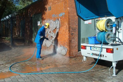 Graffitis wirkungsvoll entfernen