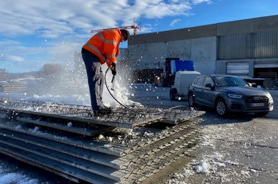 Betonieren trotz Schnee? Schnee restlos entfernen mit dem DYNAJET Hochdruckreiniger