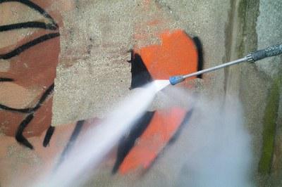 DYNAJET entfernt Graffitis in Göteborg.